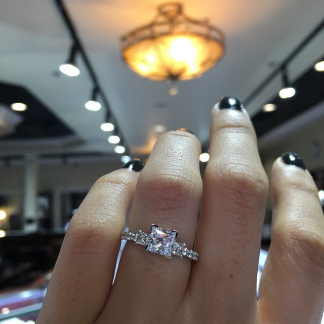Tips to Buy Diamond Rings – Some Important Advice For the First Time Buyer